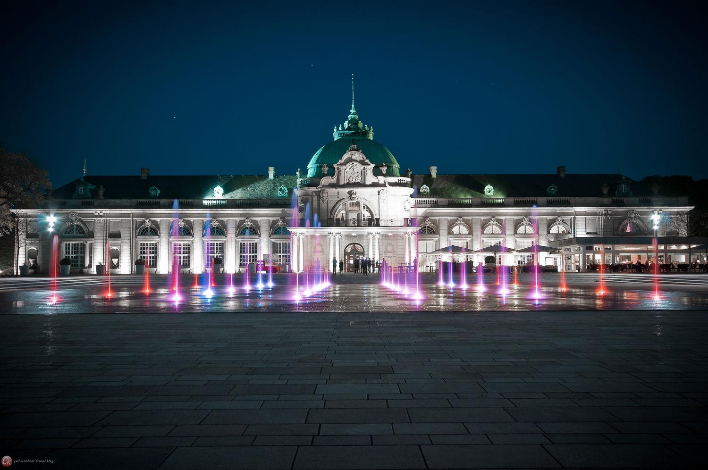 Kaiserpalais bei Nacht IV
